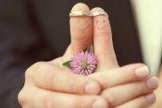 wedding-rings-reminder-to-pray