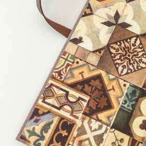 detalle interior carpeta artesanal