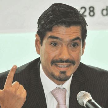 Oscar-Roldan-Flores