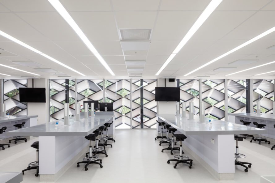 state of the art lab James Cook University The Science Place by HASSELL
