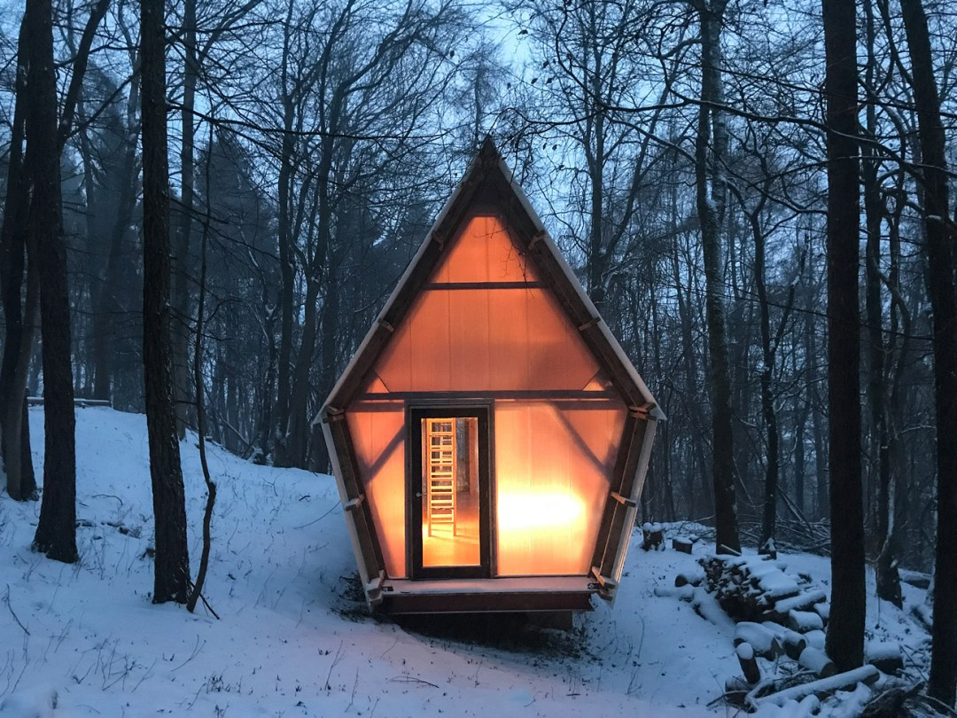 Tiny Green Cabin Made from Timber and Scavenged Materials