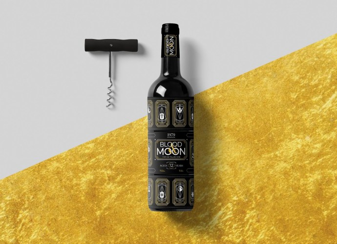 Blood and Moon fortune telling wine