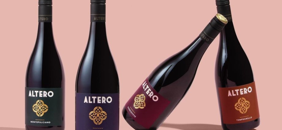 Altering Wines Brand and Packaging Concept
