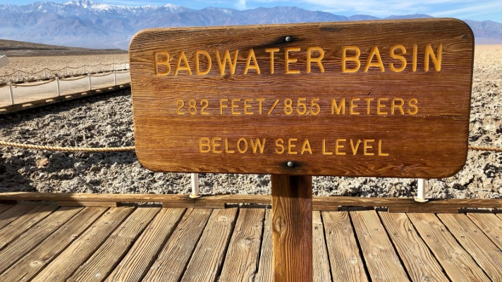 Badwater basin wooden sign 855 m below sea level