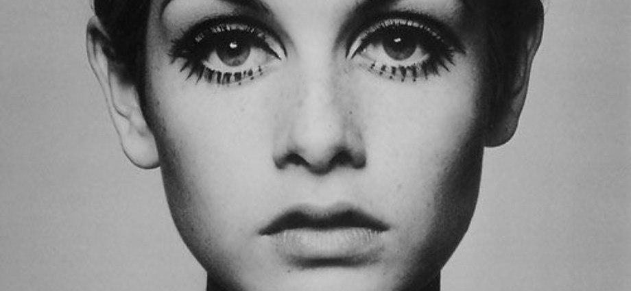 Twiggy by Cecil Beaton
