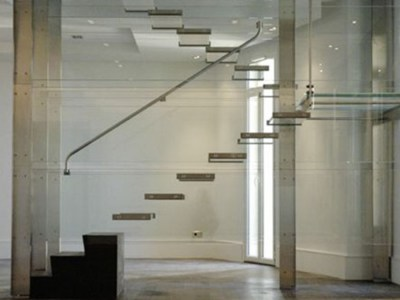 Guillaume Saalburg glass staircase