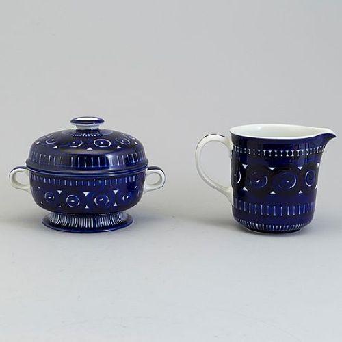 A set of three porcelain tureen, cuttingboard and jug, 'Valencia', by Ulla Procope, for Arabia, Finland