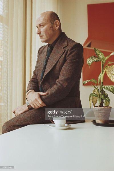 Dutch architect Benno Premsela, circa 1975