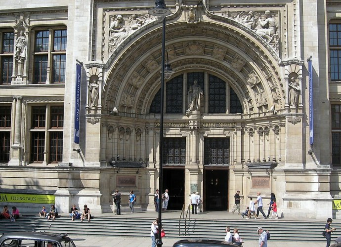 Victoria and Albert Museum featured image