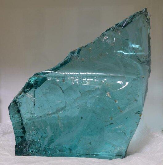 Still Waters glass sculpture nu Sigmund Pollitzer