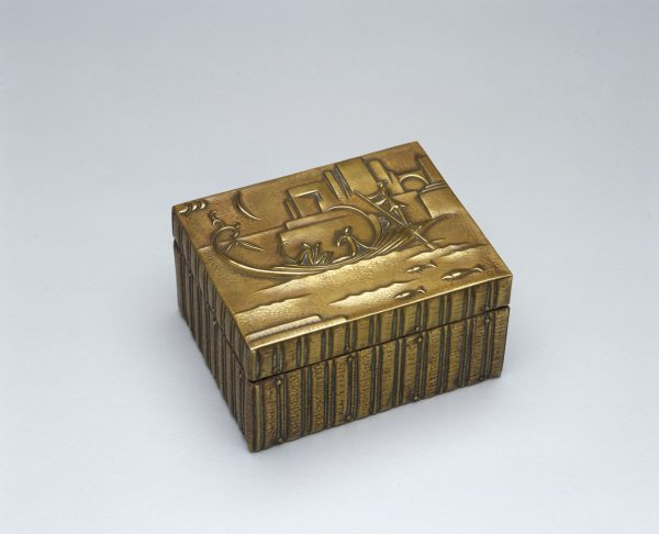 Austrian bronze box by Werkstätten Hagenauer