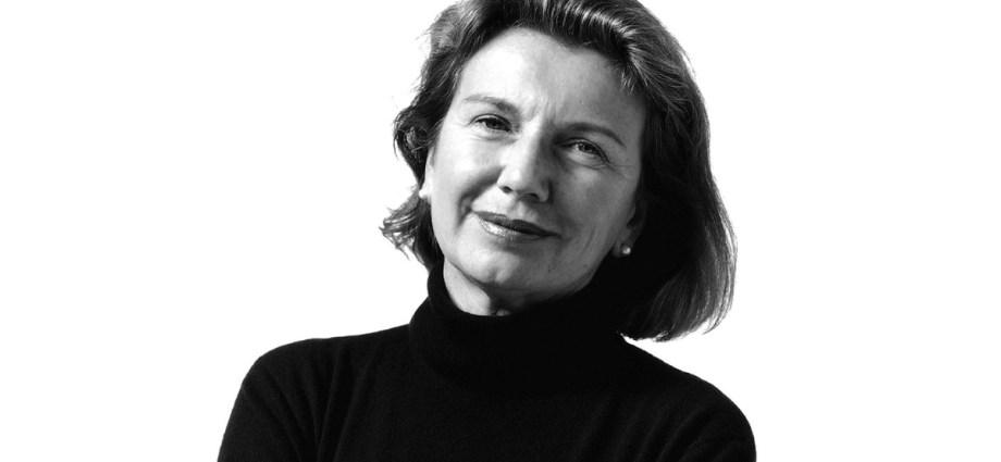 Daniela Puppa black and white portrait