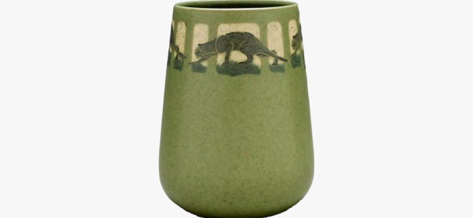 Marblehead Pottery featured image
