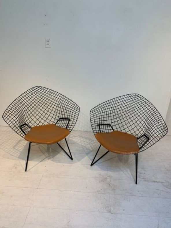 Matched Pair of Vintage Diamond Chairs by Harry Bertoia