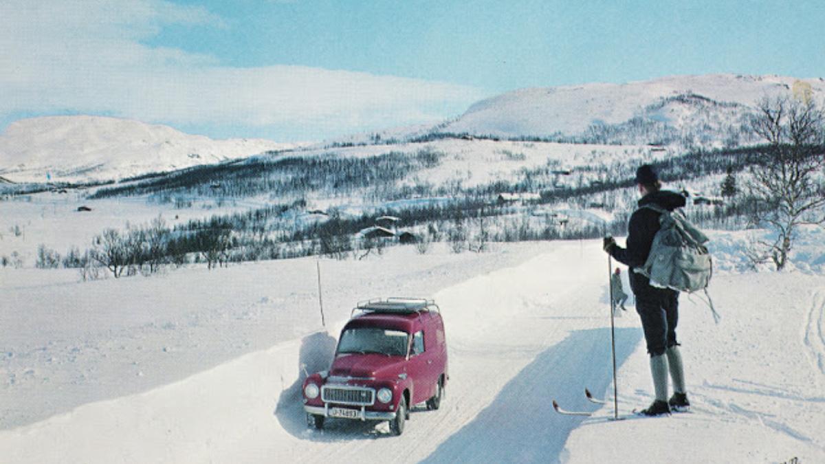Vintage Travel postcard Norway featured image
