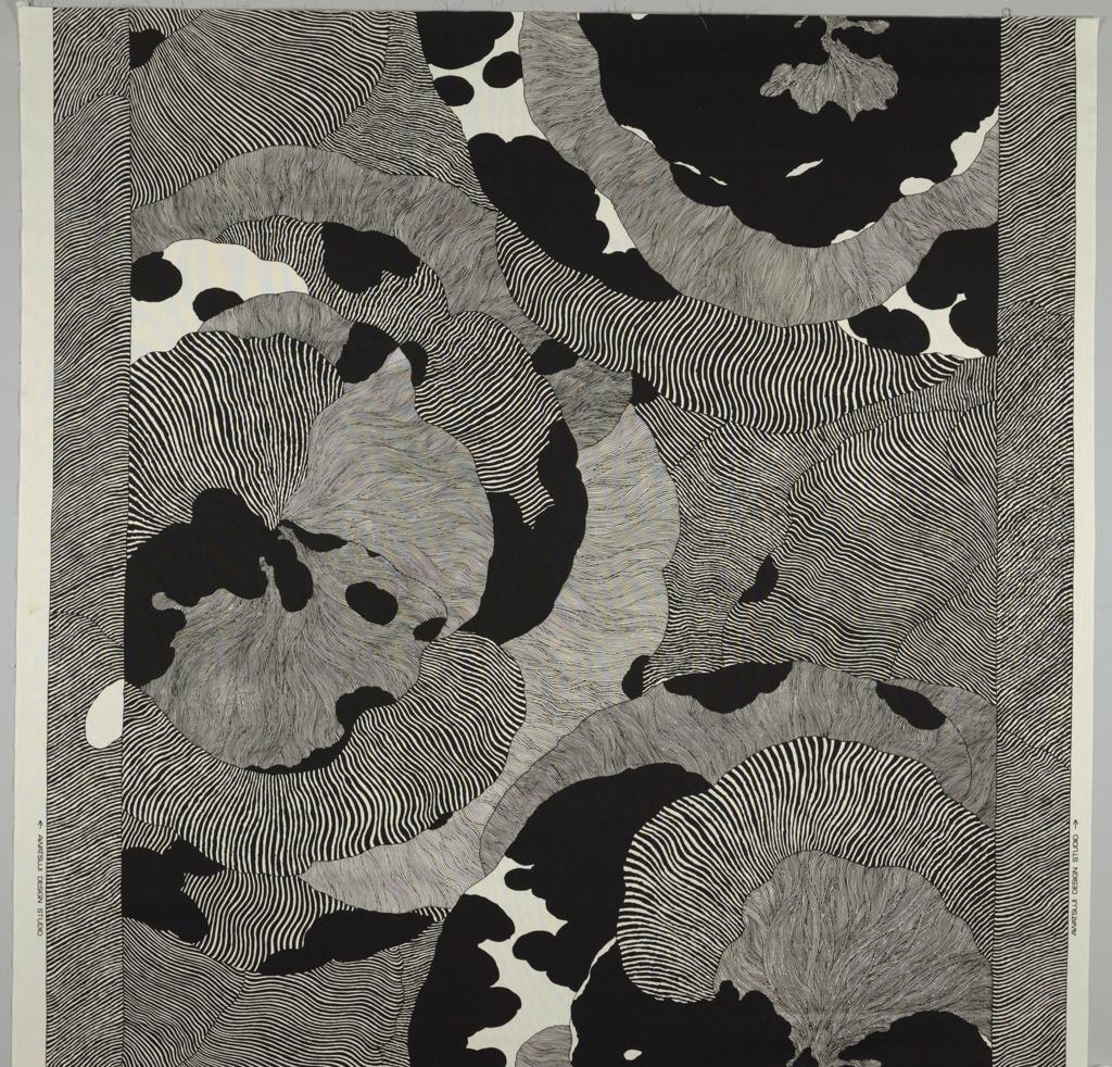 Textile, Hana 1988 by Hiroshi Awatsuji