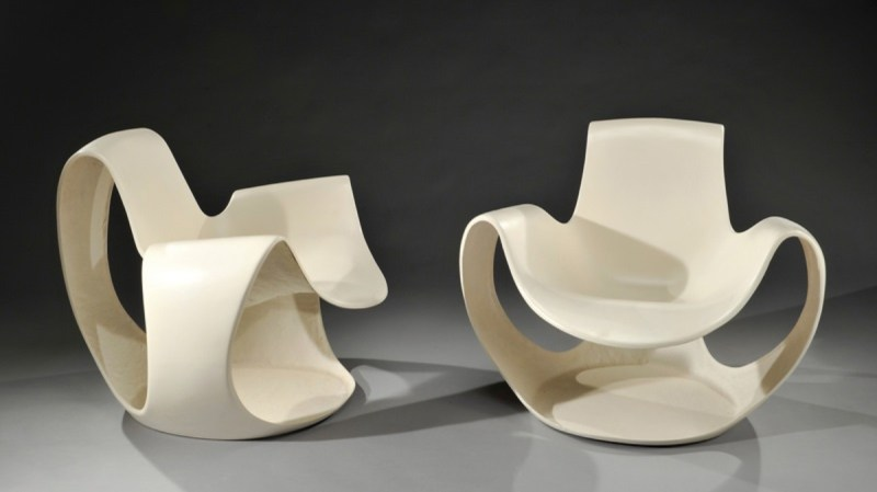 Albatros polyester and fibreglass chair by Danielle Quarante