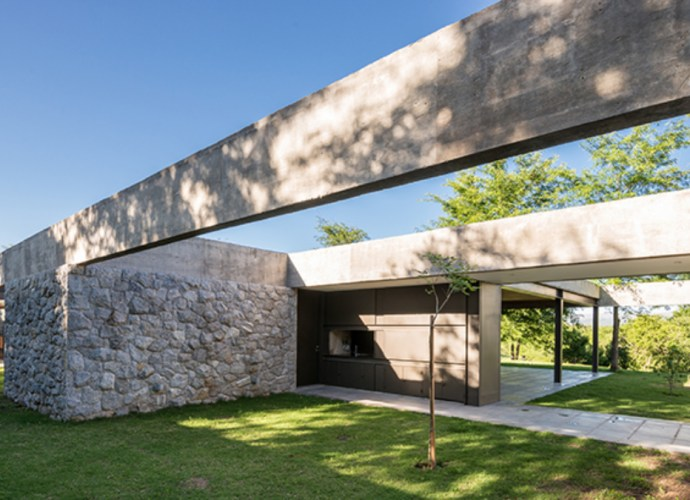 glass and concrete house featured image