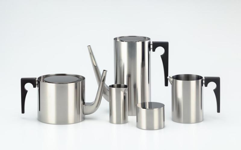 Cylinda-line, tea and coffee set (1965) designed by Arne Jacobsen