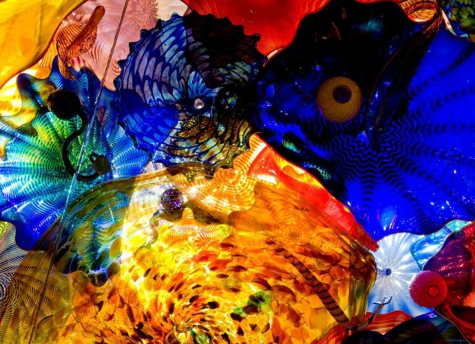 Chihuly Glass example featured image