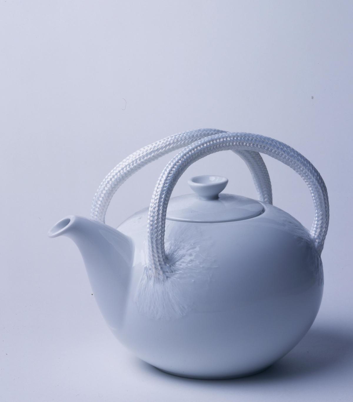 Teapot 'High-tech accent' by Gijs Bakker, 1997 (Centraal Museum, Utrecht)