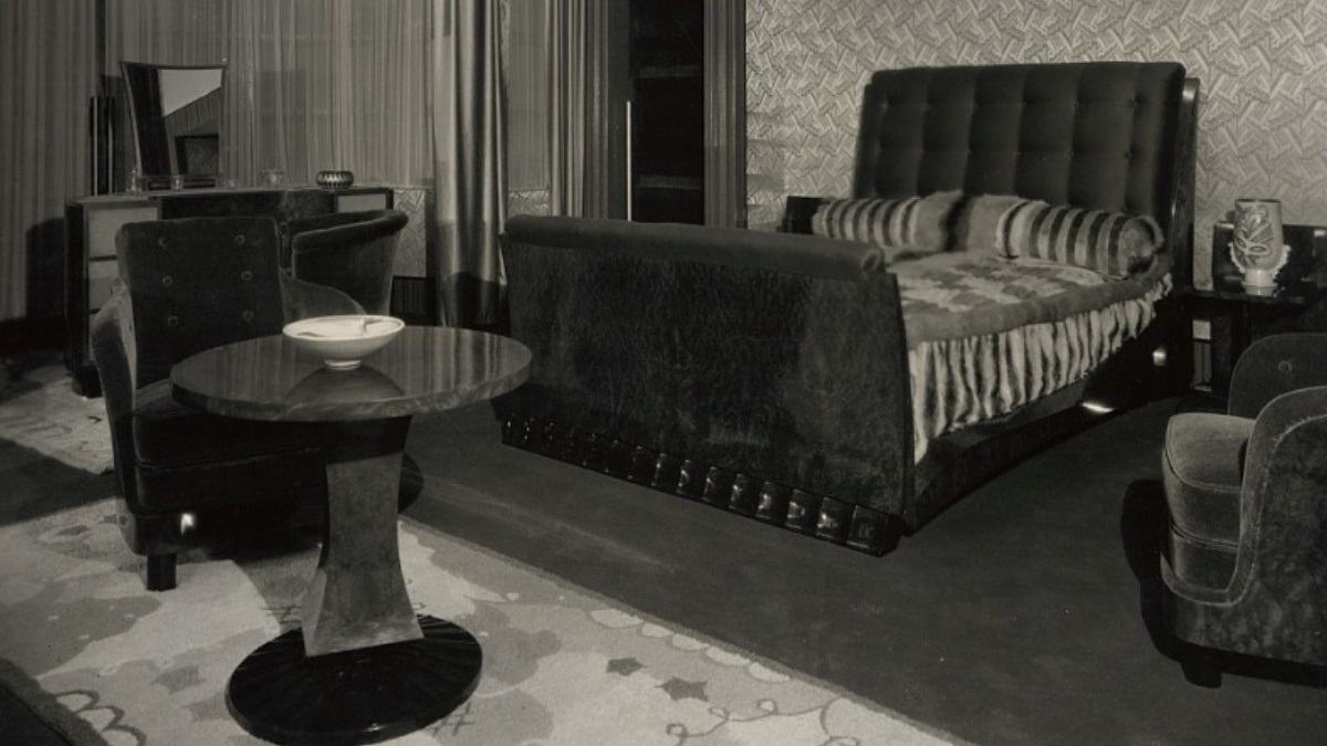 Bedroom. Paris, circa 1927. Maurice Matet, designer