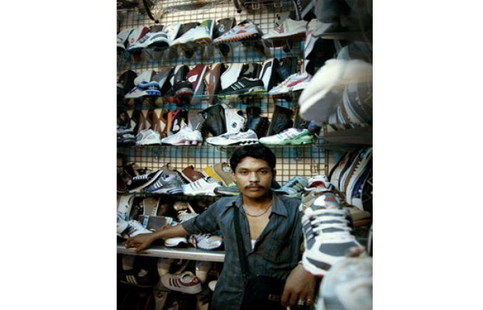 Pasar Ular  Pusat Barang Branded Berharga Miring