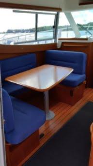 Merry Fisher 925 interior