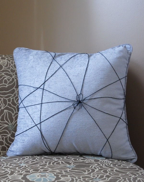 Make a creepy spider web pillow in about 2 minutes -- this is one of the easiest tutorials ever!