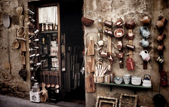 Shopping in Tuscany