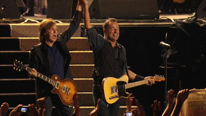paul-mccartney-bruce-springsteen-live-new-york-foto.