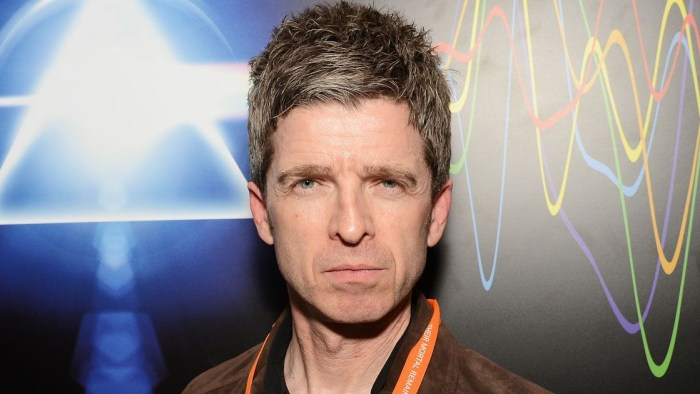 noel-gallagher-who-built-the-moon-ascolta-foto