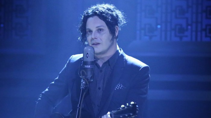 Jack-White-corporation-canzone-end-of-a-century-foto