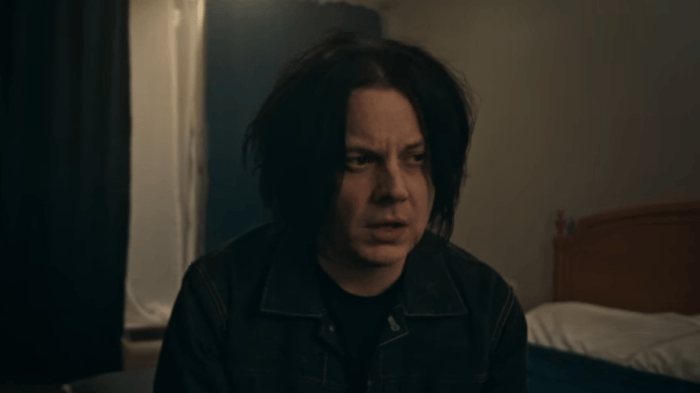 jack-white-connected-by-love-video-end-of-a-century-foto
