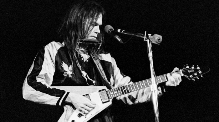 neil-young-live-1973-tonight-the-night-end-of-a-century-foto