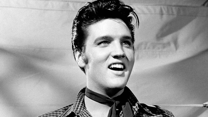 elvis-presley-the-searcher-documentario-trailer-end-of-a-century-foto