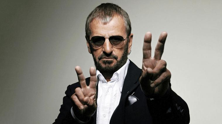 Da oggi, chiamatelo Sir Ringo Starr