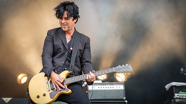 billie-joe-the-longshot-video-end-of-a-century-foto