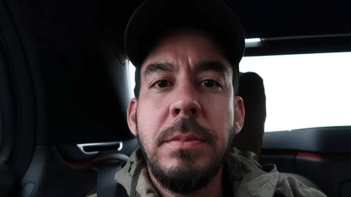 mike-shinoda-about-you-video-end-of-a-century-foto