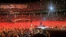 """foo fighters concerto wrigley field chicago 29 luglio insieme a Rick Nielsen suonano """"Ain't That A Shame"""" dei CHeap Trick e Fats Domino"""