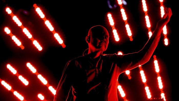 "The Smashing Pumpkins ""Shiny & Oh So Bright Tour"" reunion Glendale, Arizona. Concerto, video e scaletta"