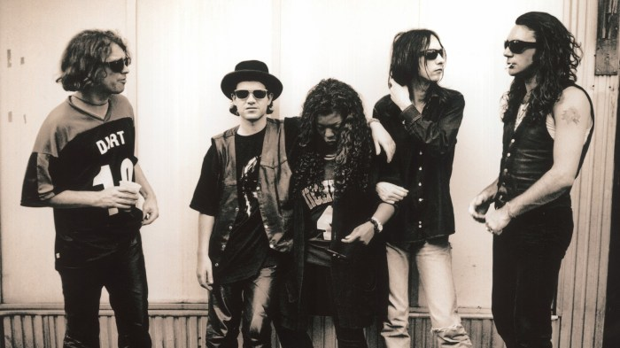 "primal scream ""give out but don't give up: the original memphis recordings"" band foto"
