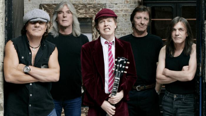 AC/DC al lavoro su un nuovo album con parti di chitarra registrate da Malcolm Young