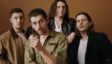 """Gli Arctic Monkeys suonano """"Four Out Of Five"""" e la cover di Stephen Fretwell per Spotify Singles Session"""