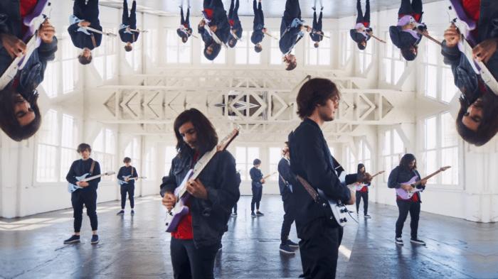 """La band strumentale Polyphia è tornata con il nuovo singolo e video """"Yas"""""""
