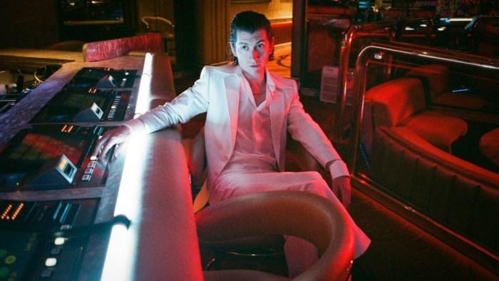 """""""Anyways"""" è la nuova canzone inedita degli Arctic Monkeys non contenuta nell'ultimo album """"Tranquility Base Hotel & Casino"""""""