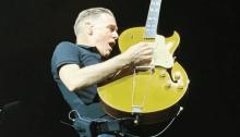 Bryan Adams in concerto al PalaGeorge di Montichiari a Brescia