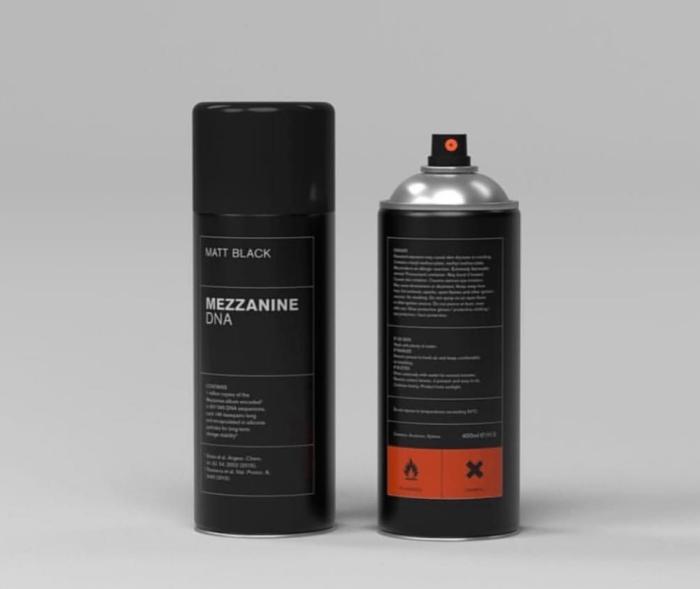 """Bomboletta spray di """"Mezzanine"""" dei Massive Attack"""
