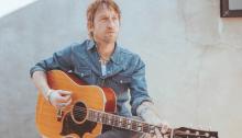 """""""This Ol' World"""" è il nuovo singolo da solista di Chris Shiflett chitarrista dei Foo Fighters"""