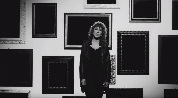"""Fiorella Mannoia torna con il video de """"Il Peso Del Coraggio"""""""
